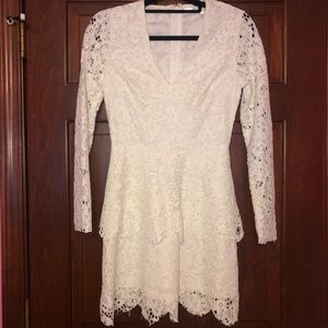 Women's Long Sleeve White Lace Dress (Worn Once)